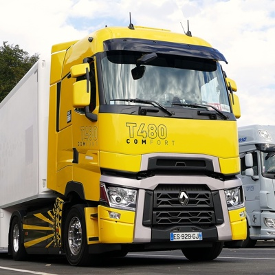 TEST: Renault T HIGH 480